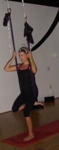 aerial yoga cari 4